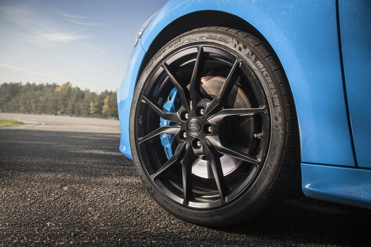Ford focus rs offers full suite of michelin performance tires