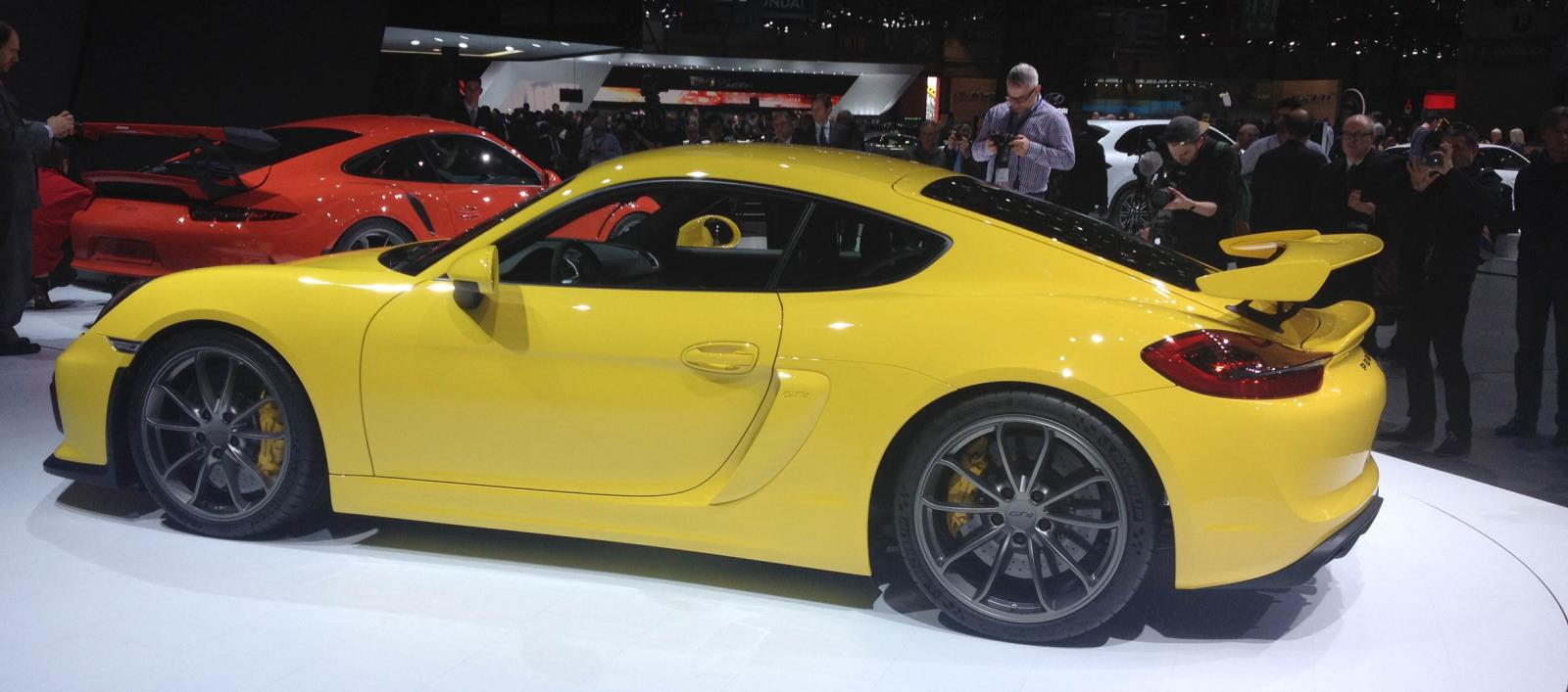 Michelin Cayman GT4 e1427116150577