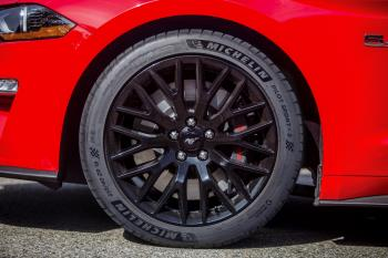 New_Mustang_GT_gets_Michelin_Pilot_Sport_4_S_tires.jpg